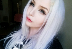 DollyEye Grey